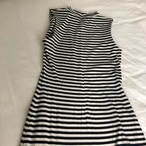 French Connection Dresses - French Connection Black & White Dress Sz 6